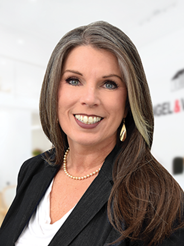 Real Estate Agent Heather L Laudie